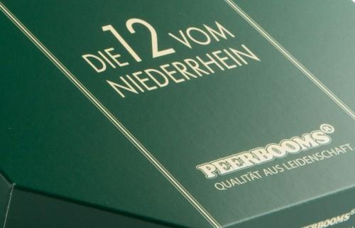 """Edition """"Die 12 vom Niederrhein"""" Schachtel in Nahaufnahme"""
